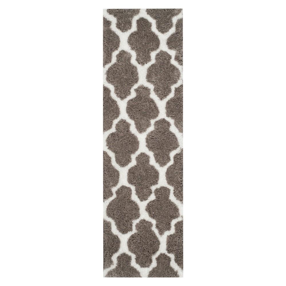 Leila Printed Shag Runner - Graphite/White (2'3x7') - Safavieh, Grey/Ivory