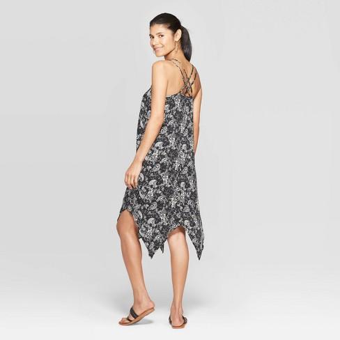 2536da15966 Women s Paisley Print Sleeveless Halter Neck Strappy Maxi Dress - Knox Rose™  Black   Target