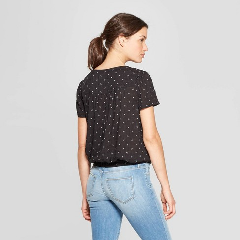c20e04afdfa1 Women's Floral Print Short Sleeve V-Neck Wrap Top - Universal Thread™ Black