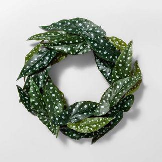 "18"" Artificial Polka-Dot Begonia Leaf Wreath Green - Opalhouse™"