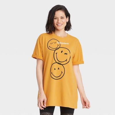 Women's Smiley Face Short Sleeve Graphic T-Shirt Dress - Yellow