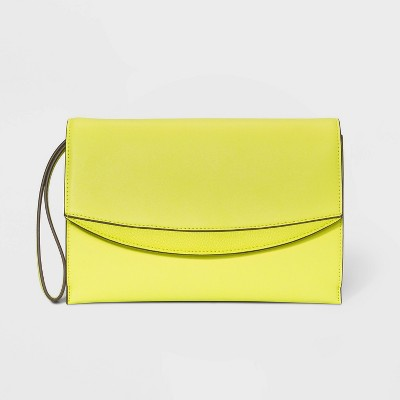 Flap Magnetic Closure Clutch - A New Day™