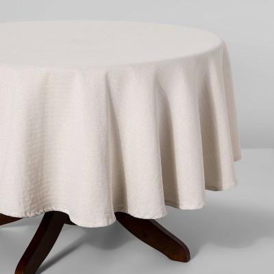 "70"" R Metallic Tablecloth Gesso White - Threshold™"