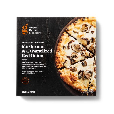 Signature Wood-Fired Mushroom and Caramelized Red Onion Frozen Pizza - 15.5oz - Good & Gather™