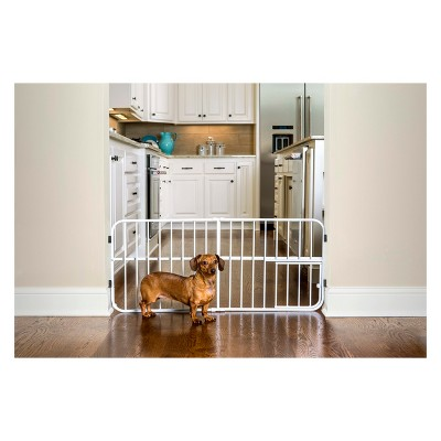 Carlson Lil' Tuffy Expandable Cat and Dog Gate with Small Pet Door