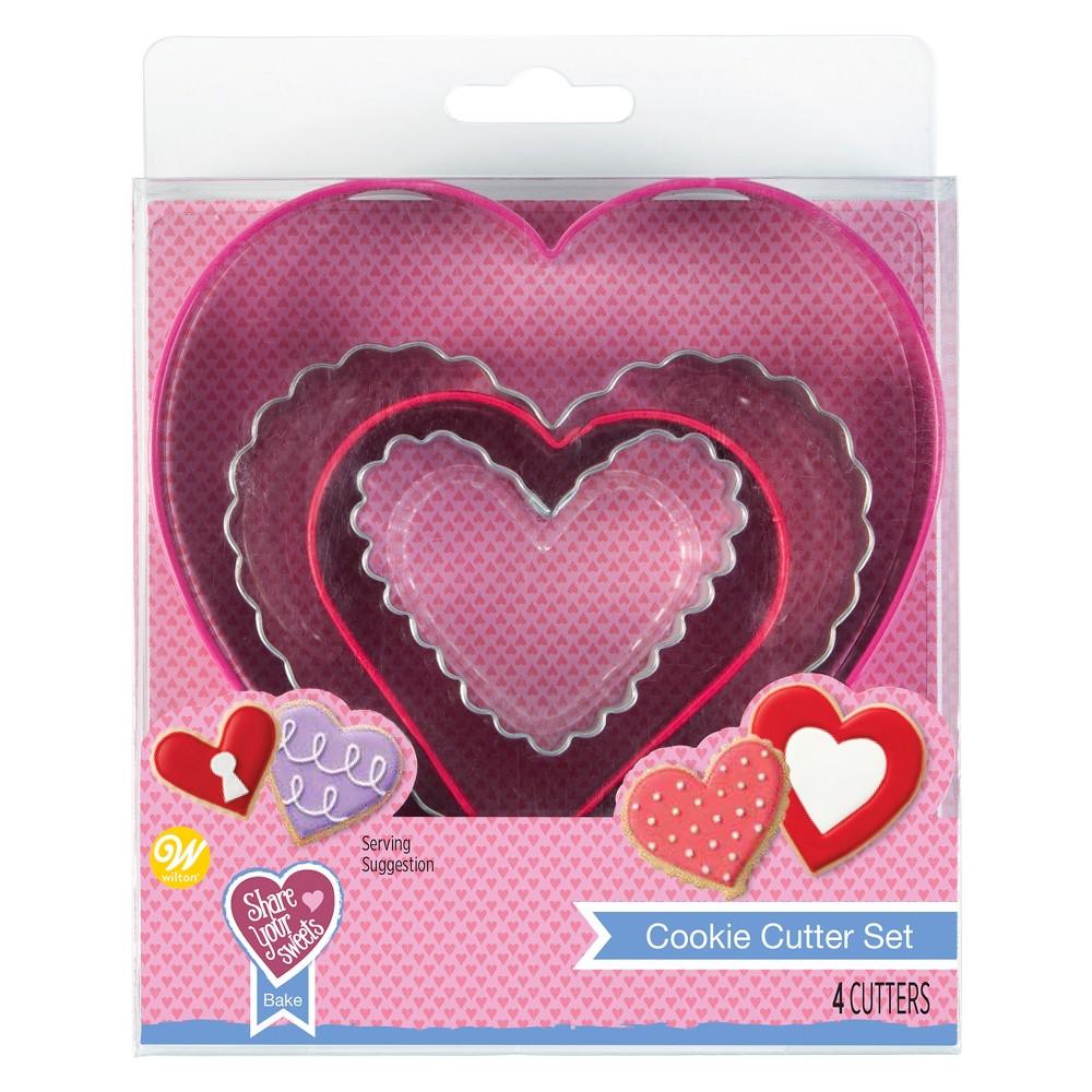 Wilton Nesting Heart Cutter Set 4pc, Pink