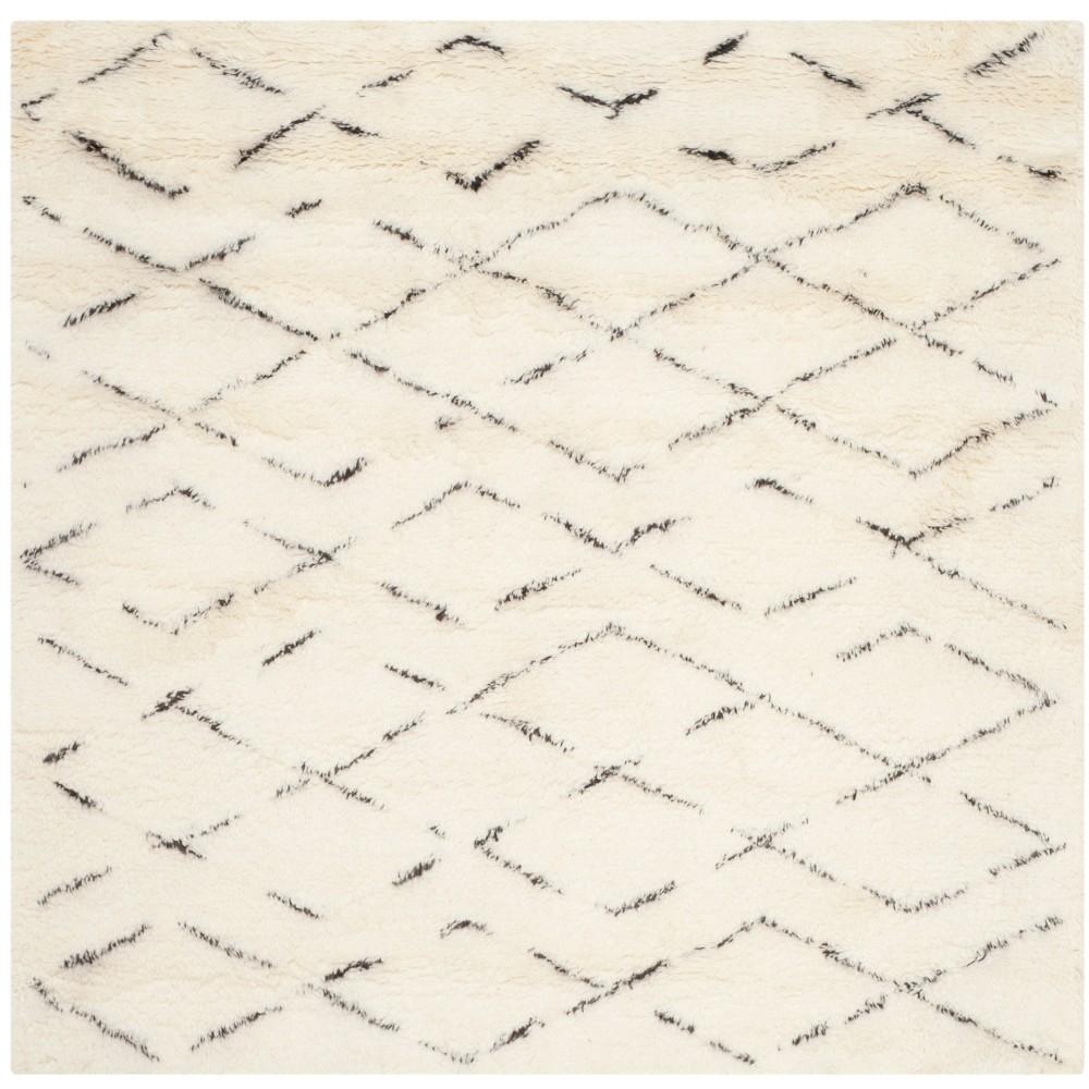 8'X8' Geometric Tufted Square Area Rug Ivory/Brown - Safavieh