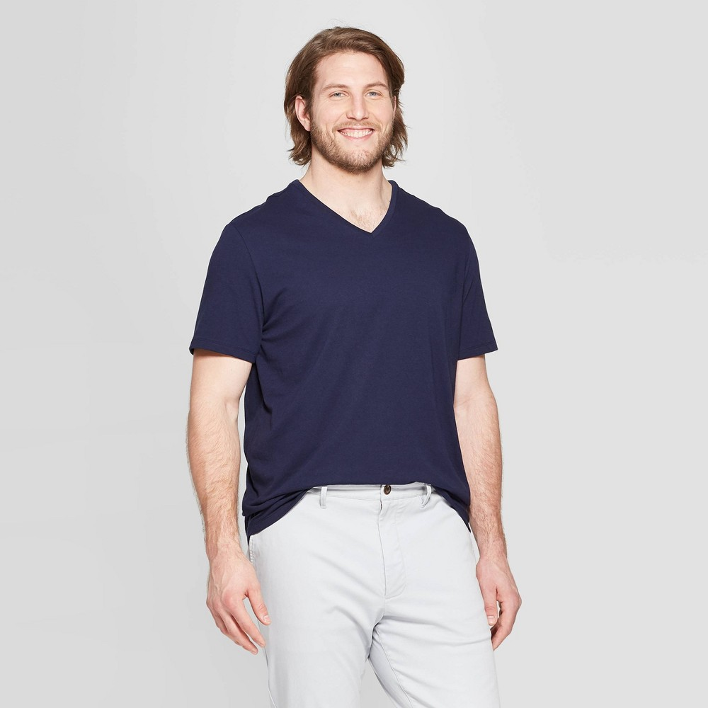 Men's Tall Standard Fit Short Sleeve Lyndale V-Neck T-Shirt - Goodfellow & Co Xavier Navy LT