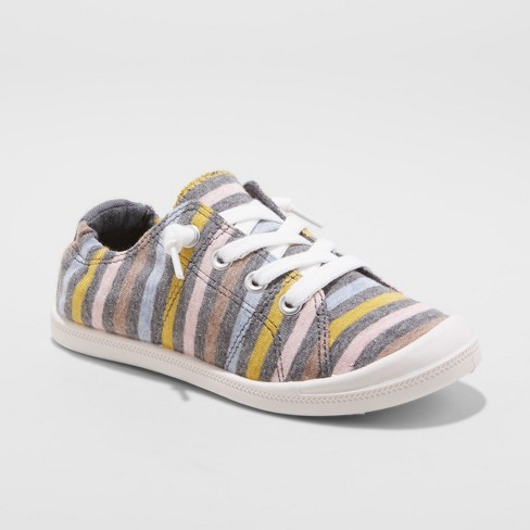 Girls' Mad Love Shana Canvas Sneakers - Charcoal 4 - image 1 of 3