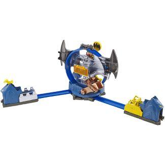 Hot Wheels City Batman Batcave Trackset