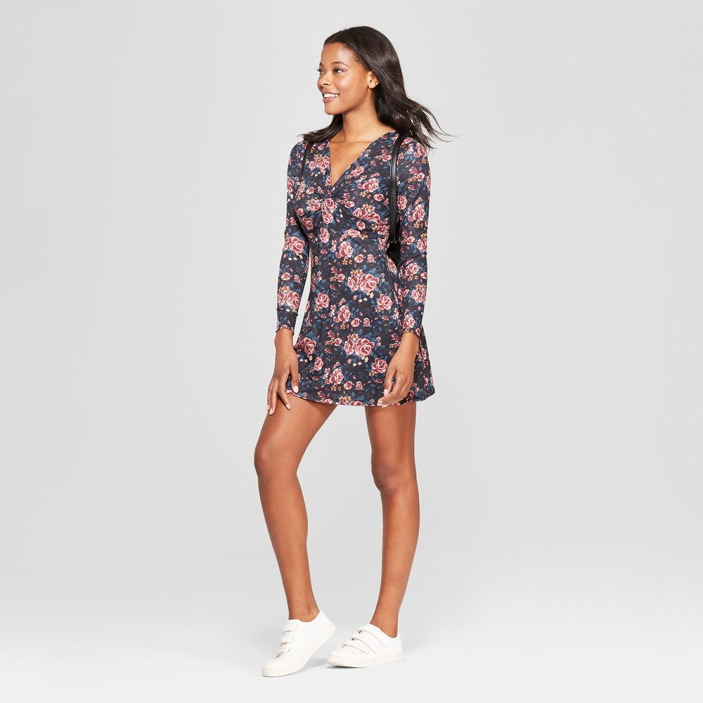 Women's Floral Print Long Sleeve Twist Front Knit Dress - Love @ First Sight (Juniors') Black S