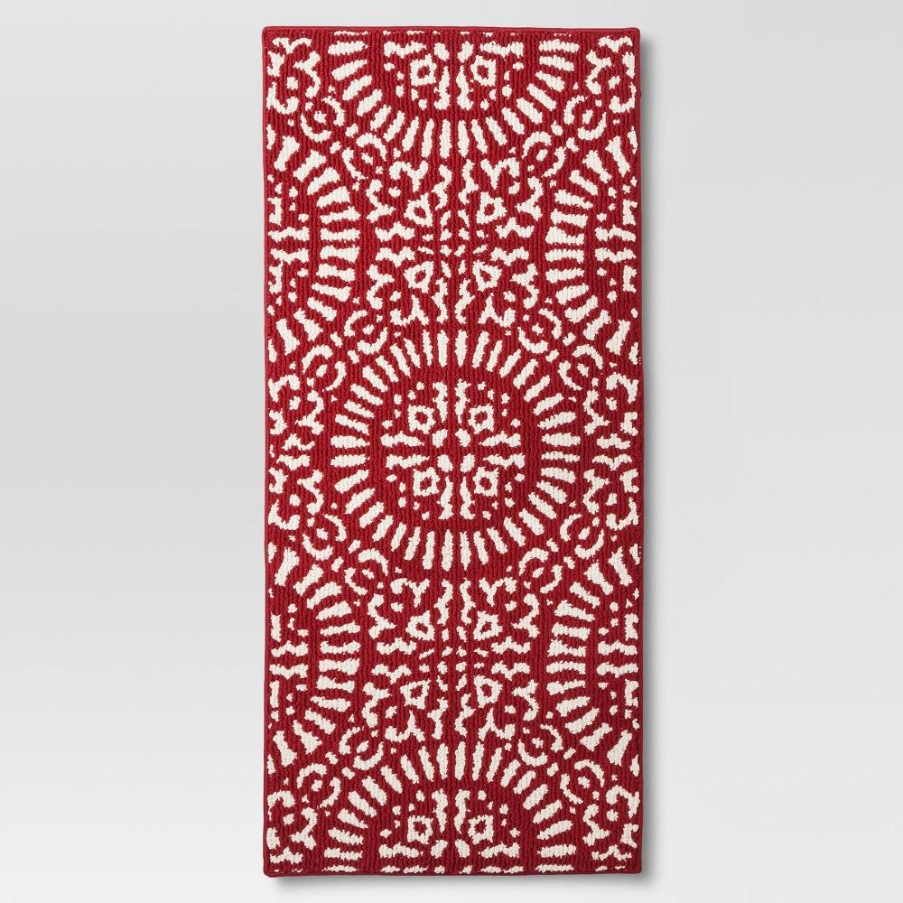 x 3'9in Red Medallion Kitchen Rug