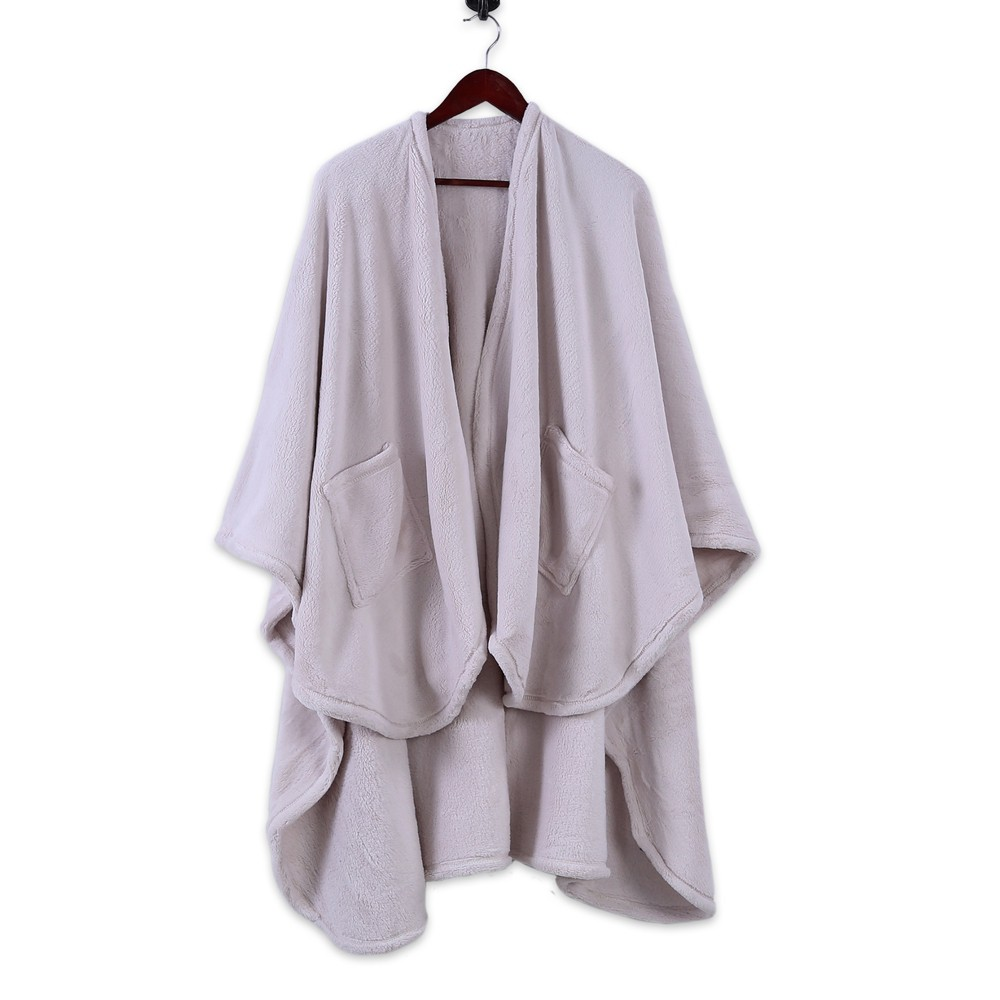 Image of Plush Wrap Blanket White - Better Living