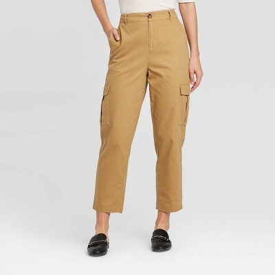 Women's Mid-Rise Straight Leg Ankle Length Cargo Pants - Who What Wear™ Brown