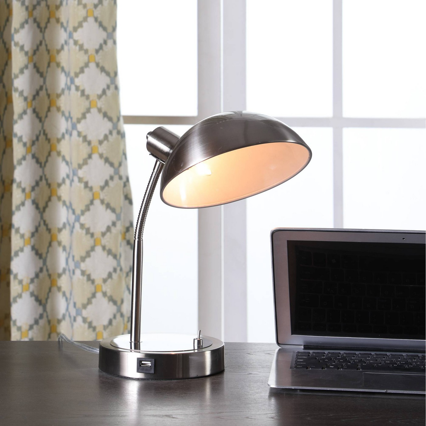 Leone Flexible Neck Desk Lamp Silver (Lamp Only) - Ore International