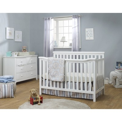 Sorelle Berkley Flat Top Standard Full Sized Crib White