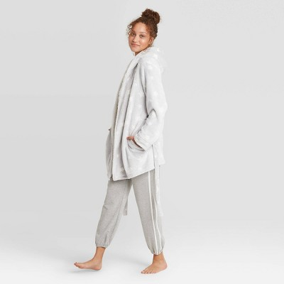 Women's Printed Cozy Dorm Robe - Colsie™ Gray XS/S
