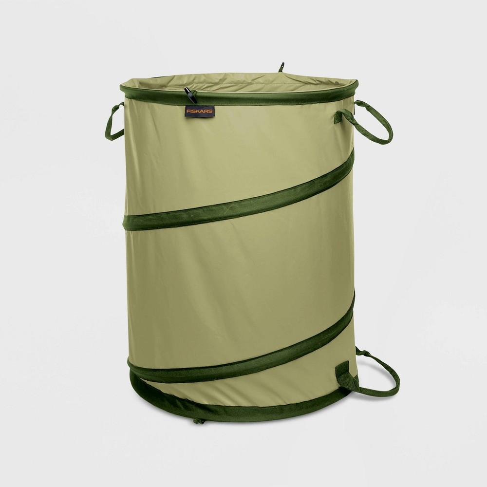 Image of Fiskars 30gal Premium Kangaroo Gardening Container Green