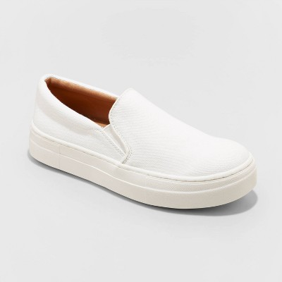 Women's Alvina Sneakers - Universal Thread™