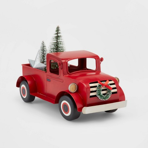 Old Truck With Christmas Tree.Large Truck With Christmas Tree Decorative Figure Wondershop