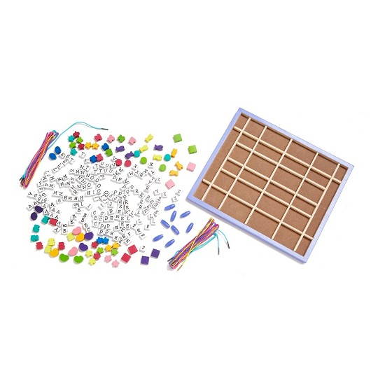 Melissa & Doug Deluxe Wooden Stringing Beads With 200+ Beads and 8 Laces for Jewelry-Making image number null