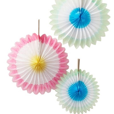 3pk Fan Party Décor and Accessories