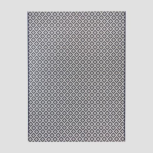 Geo Diamond Outdoor Rug - Threshold™ - image 1 of 4