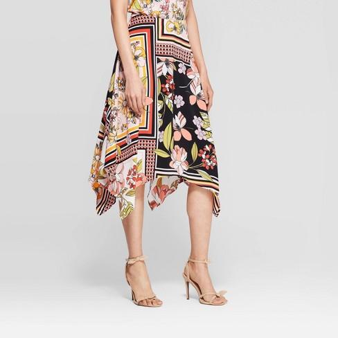 Women's Floral Print Sharkbite Hem A Line Midi Skirt - Who What Wear™ Pink - image 1 of 3