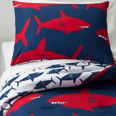 Target shark bedding