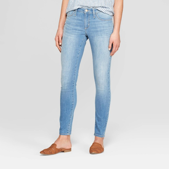 Women's Mid-Rise Skinny Jeans - Universal Thread™ Light Wash - image 1 of 3