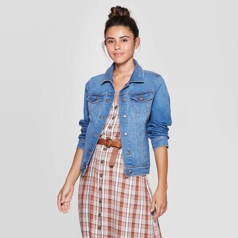 Women's Essential Freeborn Denim Jacket - Universal Thread™ Medium Wash - image 1 of 3