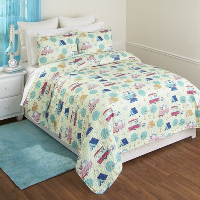 Lakeside Retro Glamping Lifestyle Bed Quilt Set with Matching Pillow Shams