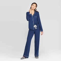 Women's Beautifully Soft Notch Collar Top and Pants Pajama Set - Stars Above™