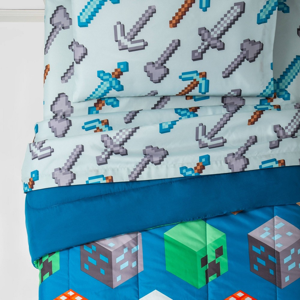 Minecraft Twin Isometric Bedding Set Blue