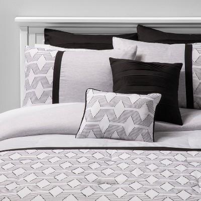 8pc Queen Haldis Clip Jacquard Comforter Set Black/White