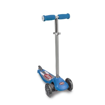 Radio Flyer 549BZ Lean 'N Glide Kids 3-Wheel Scooter with Light Up Wheels, Blue