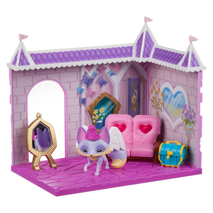 Animal Jam - Princess Castle Den with Limited Edition Fancy Fox - image 1 of 2