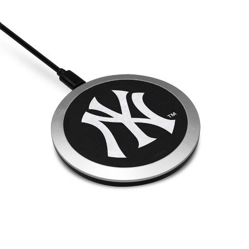 MLB New York Yankees Wireless Charging Pad - image 1 of 2
