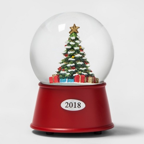 A Christmas Snow.Snow Globe Christmas Tree Wondershop
