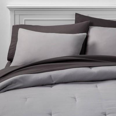 Queen 7pc Solid Bedding Set Gray - Room Essentials™
