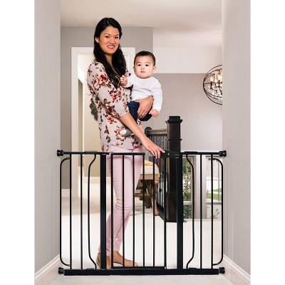 Regalo Extra Wide Easy Step Metal Walk Through Baby Gate - Black