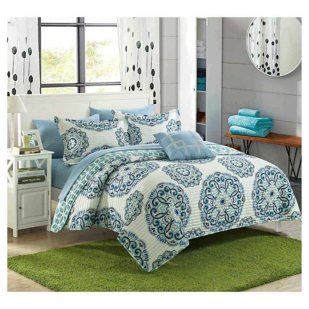 Image of 8pc King Miranda Printed Medallion Reversible with Geometric Printed Backing Quilt Set Green - Chic Home Design
