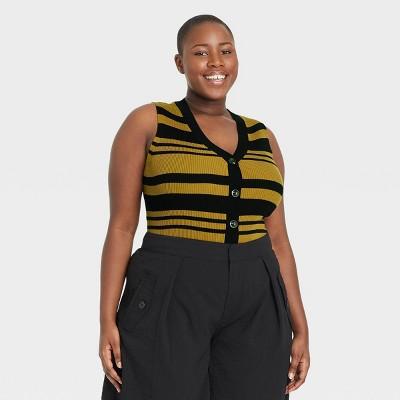 Women's V-Neck Sweater Vest - Who What Wear™