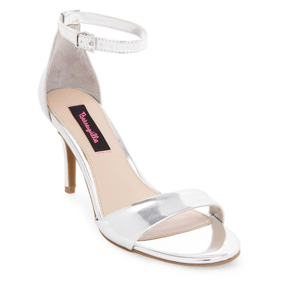 Image of Women's Betseyville Raz Metallic City Sandals - Silver 6, Size: Small