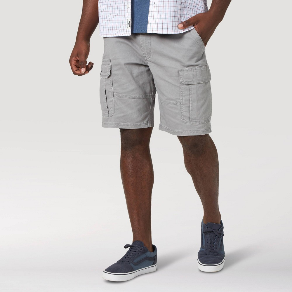 Wrangler Men 39 S 10 34 Relaxed Fit Cargo Shorts Gray 30