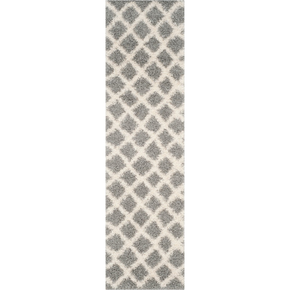 Geometric Loomed Area Rug Gray/Ivory