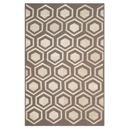 Kilim Rug - Gray - (4'x6') - Safavieh® - image 1 of 2