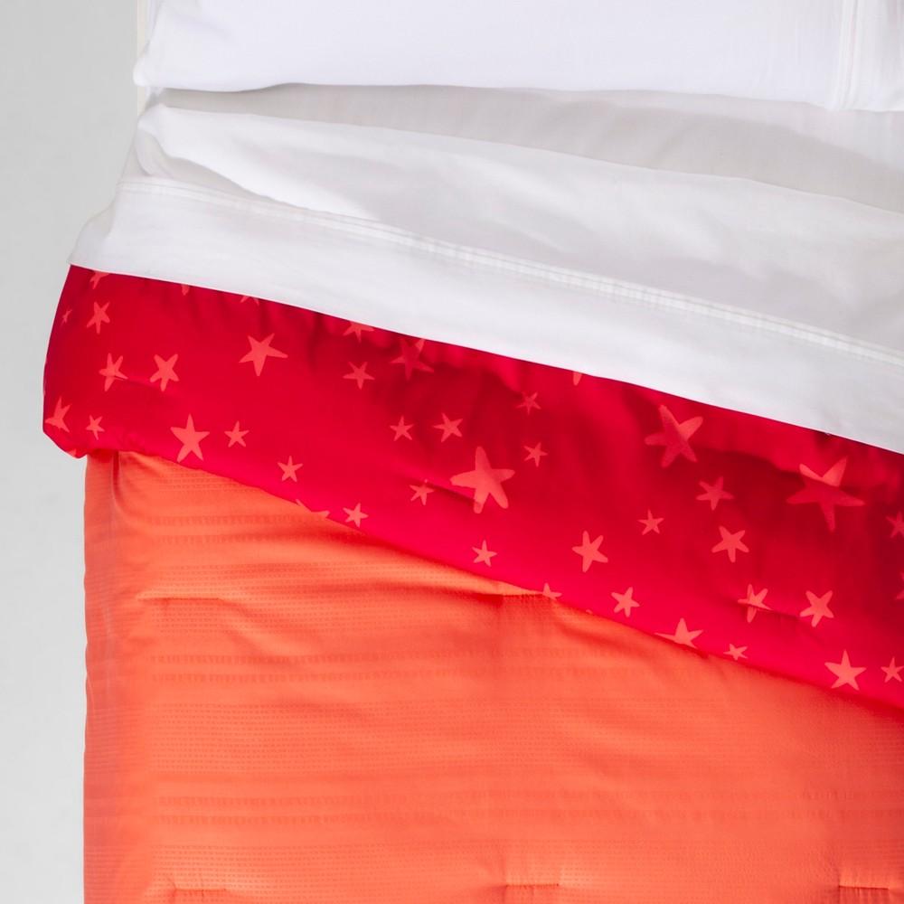 Twin Seersucker Reversible Comforter Pink - Pillowfort