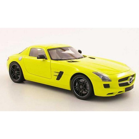 2010 Mercedes Sls Amg Yellow With Black Wheels 1 18 Cast Car Model By Minichamps