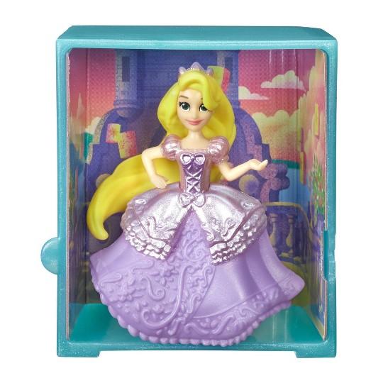 Disney Princess Royal Stories Figure Surprise Blind Box - Series 3 image number null
